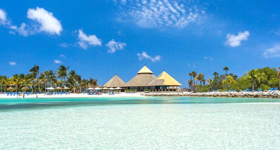 aruba strand met beachclub
